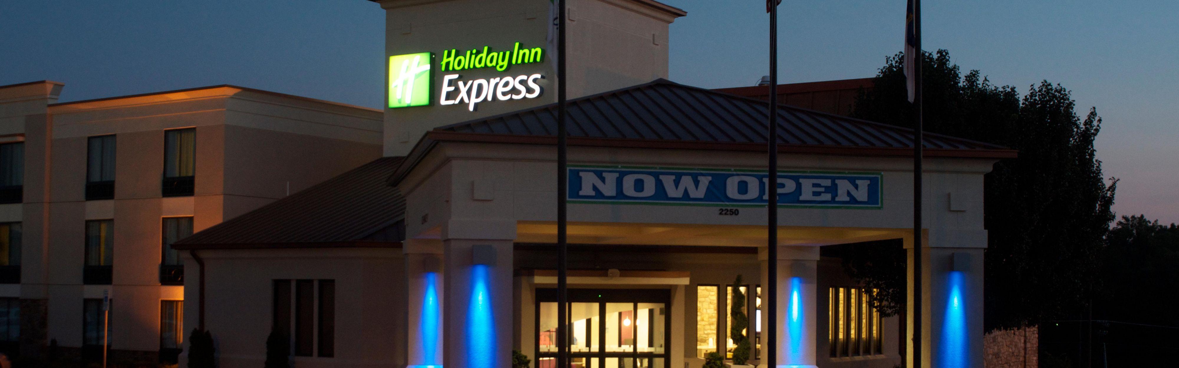 Holiday Inn Express Hickory-Hickory Mart image 0