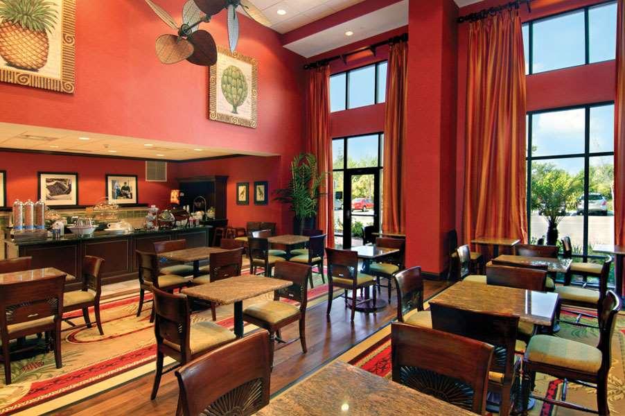 Hampton Inn & Suites Tampa-Wesley Chapel image 11