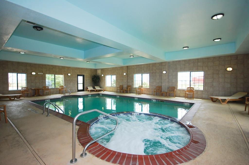 Best Western Henrietta Inn & Suites image 9