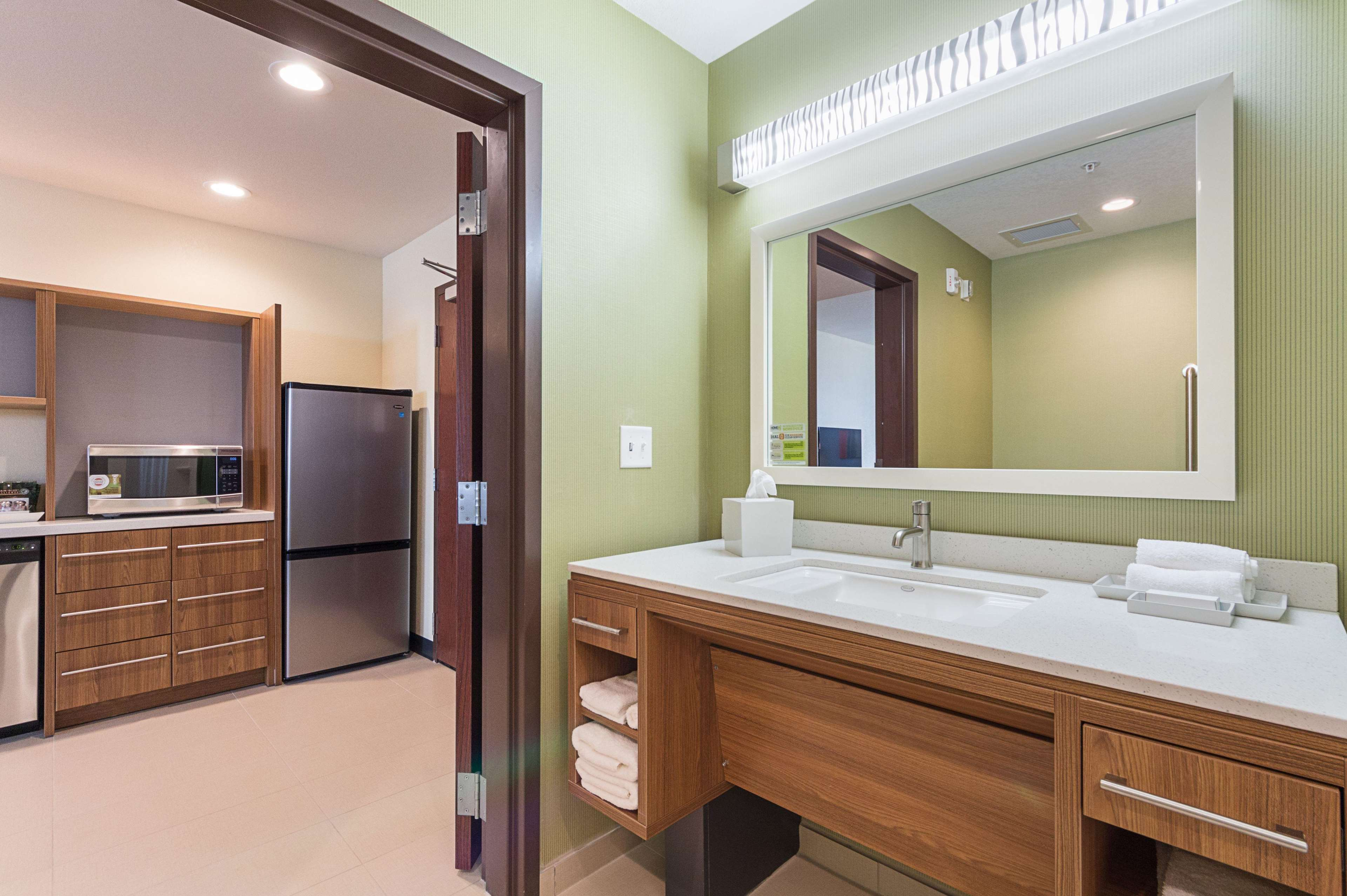 Home 2 Suites by Hilton - Yukon image 38