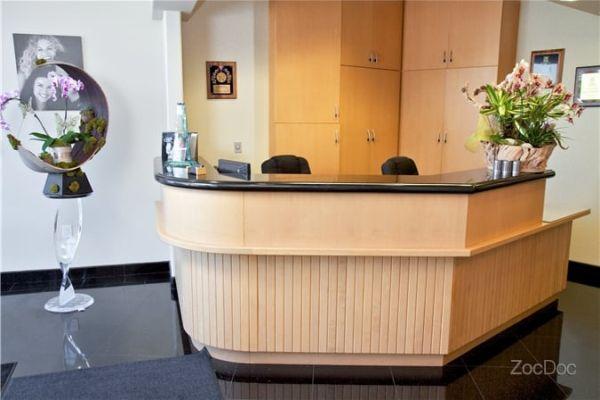 Manhattan Beach Dental Esthetics image 3