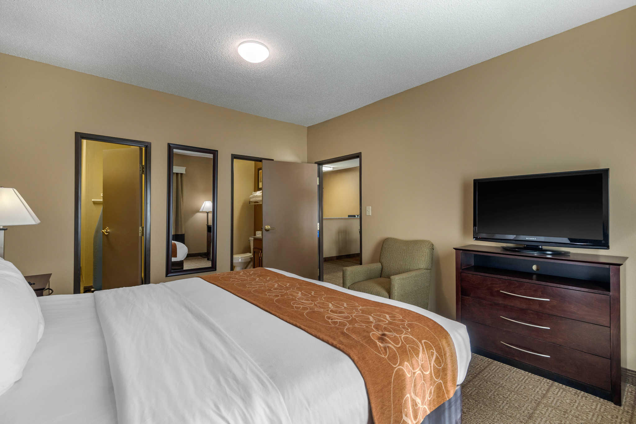 Comfort Suites The Colony - Plano West image 32