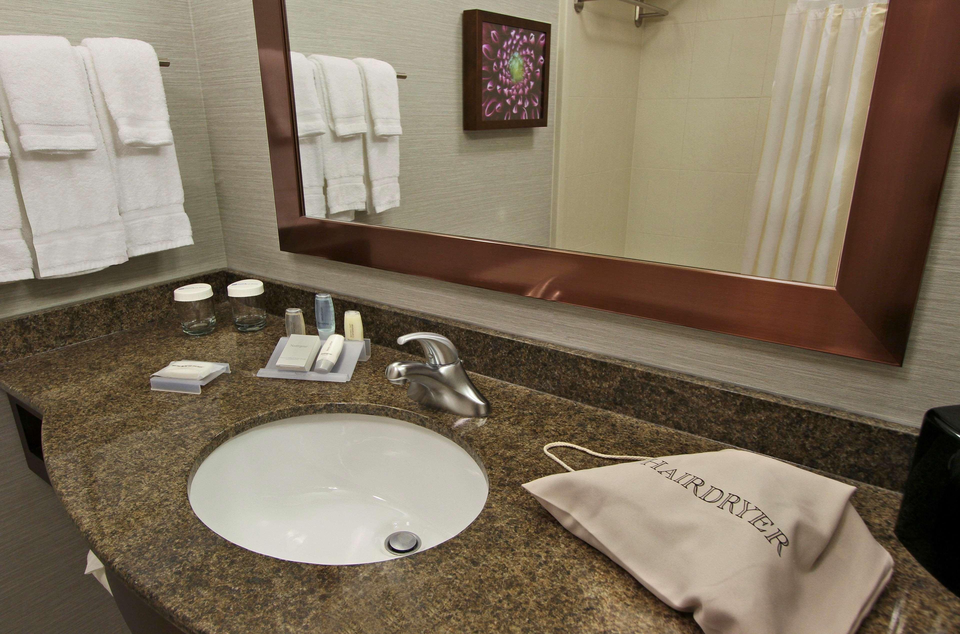 Hilton Garden Inn Covington/Mandeville 350 Holiday Square Boulevard ...