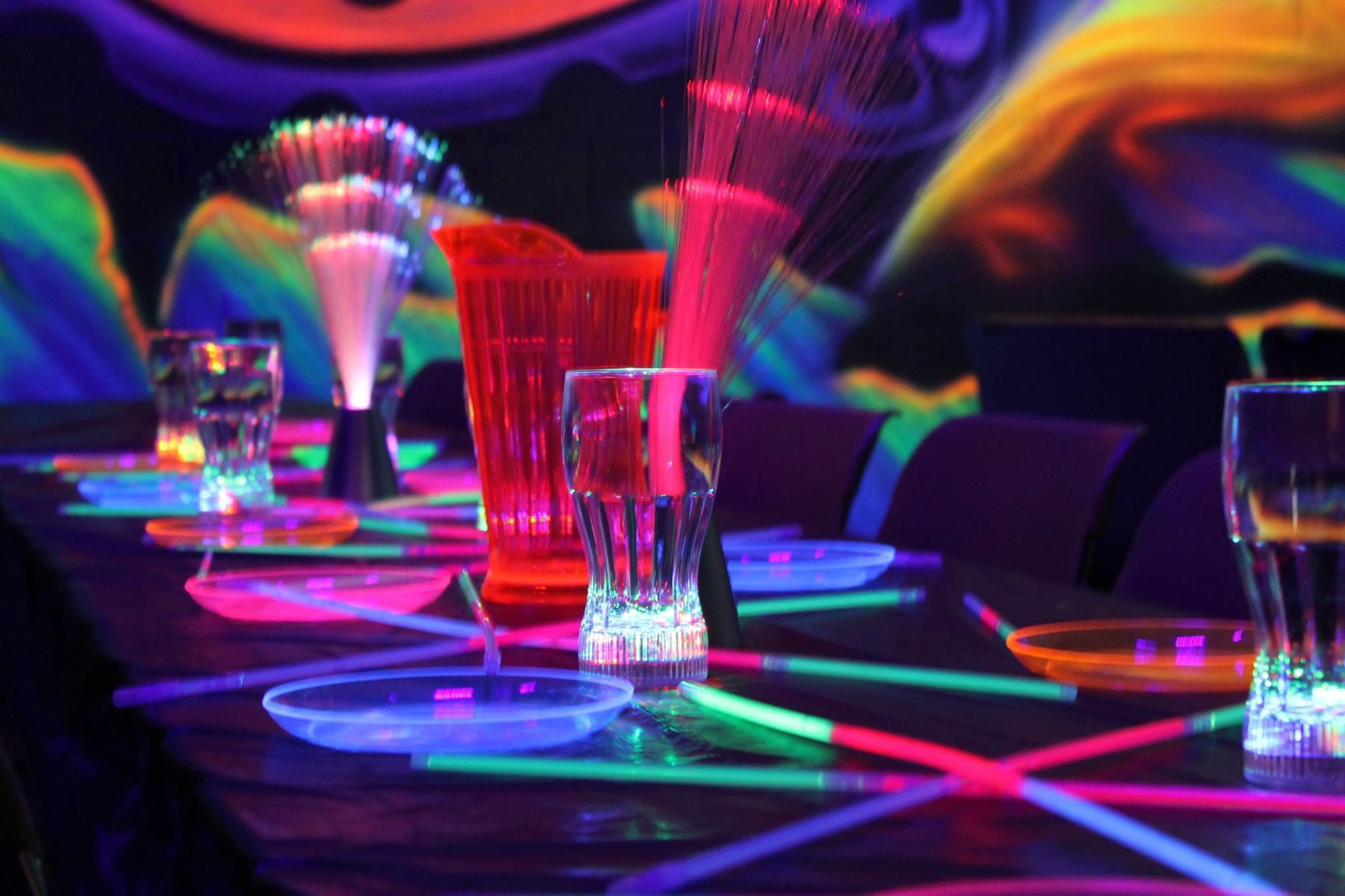 Sparkles family fun centers kennesaw ga 30144 for Party entertainment ideas for adults