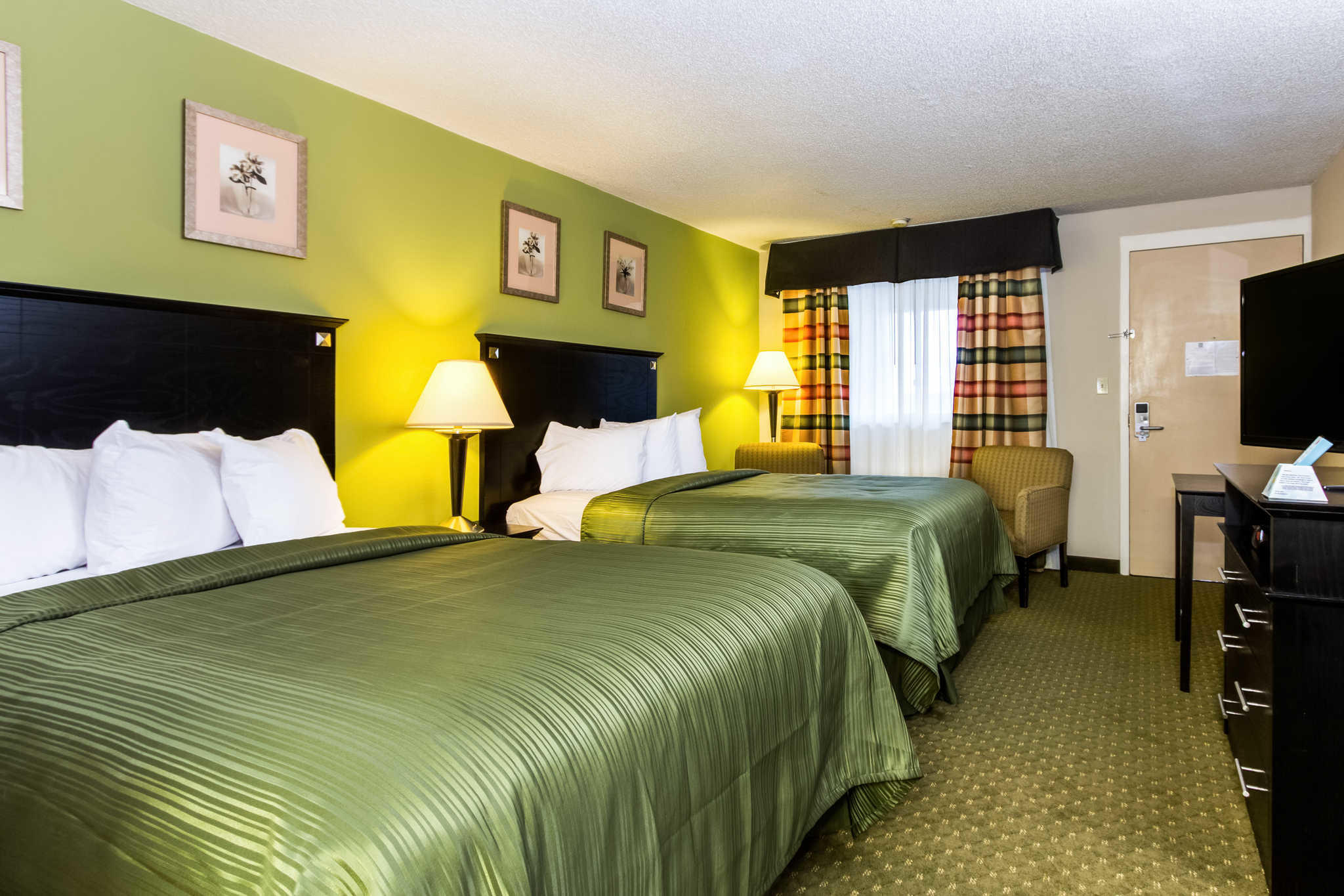 Quality Inn & Suites Moline - Quad Cities image 15