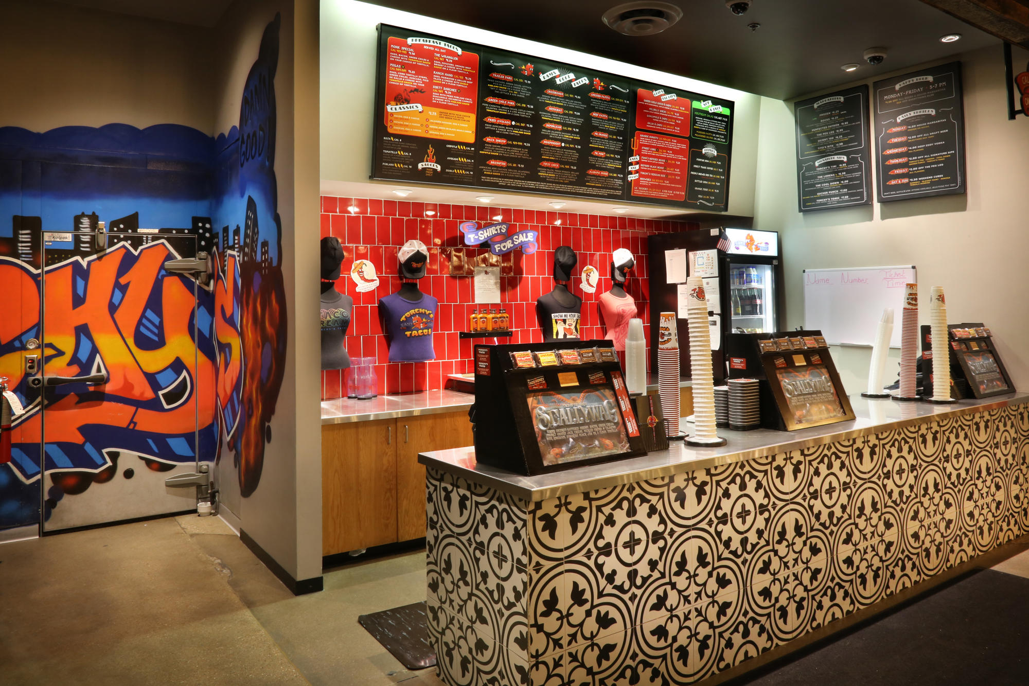 Torchy's Tacos image 9
