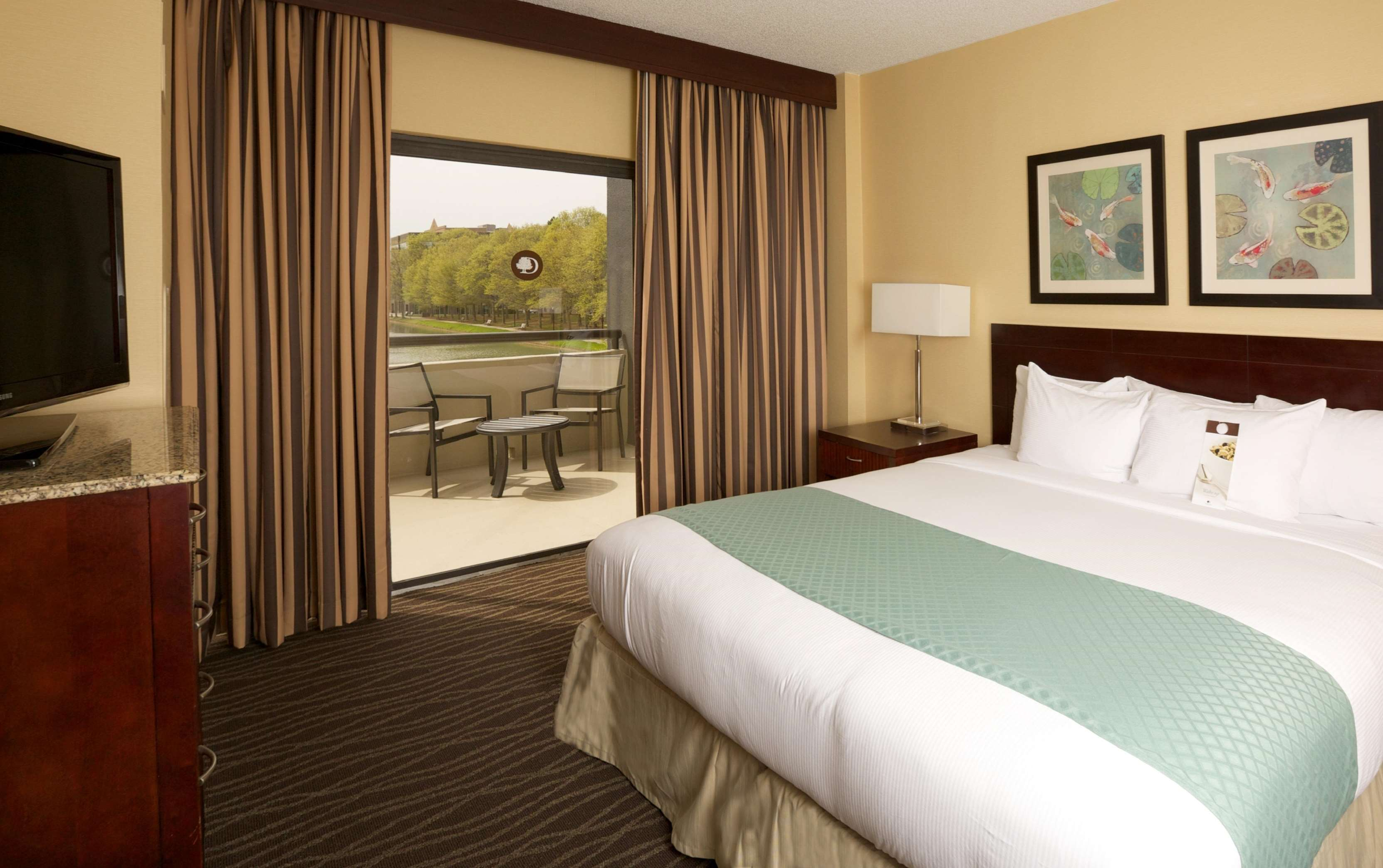 DoubleTree Suites by Hilton Hotel Raleigh - Durham image 26