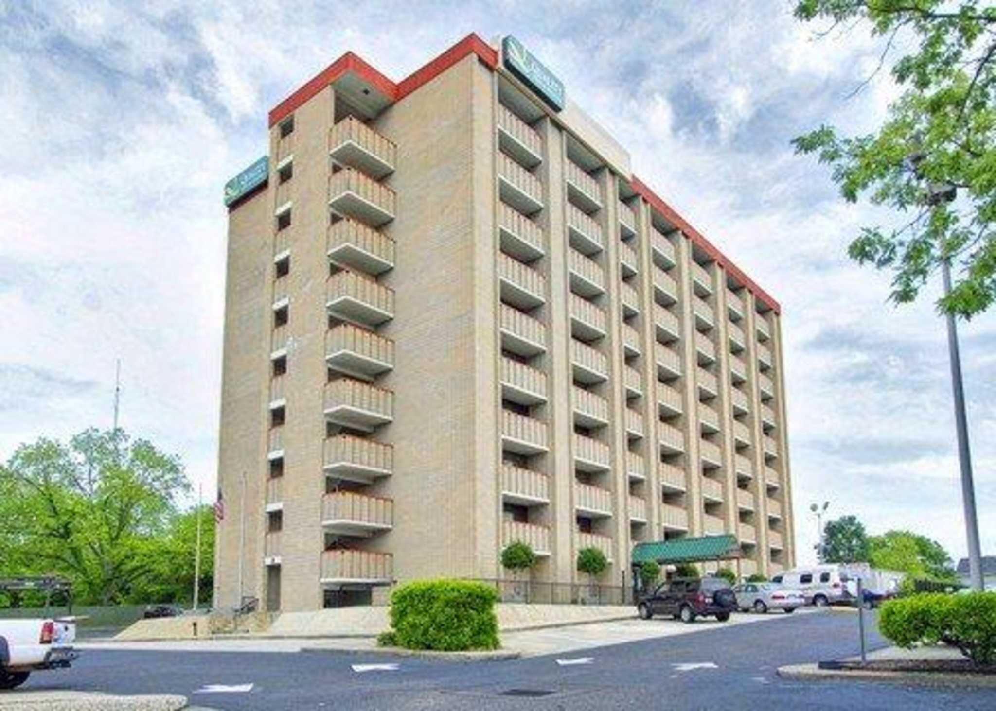 Quality Inn & Suites Fort Bragg image 1