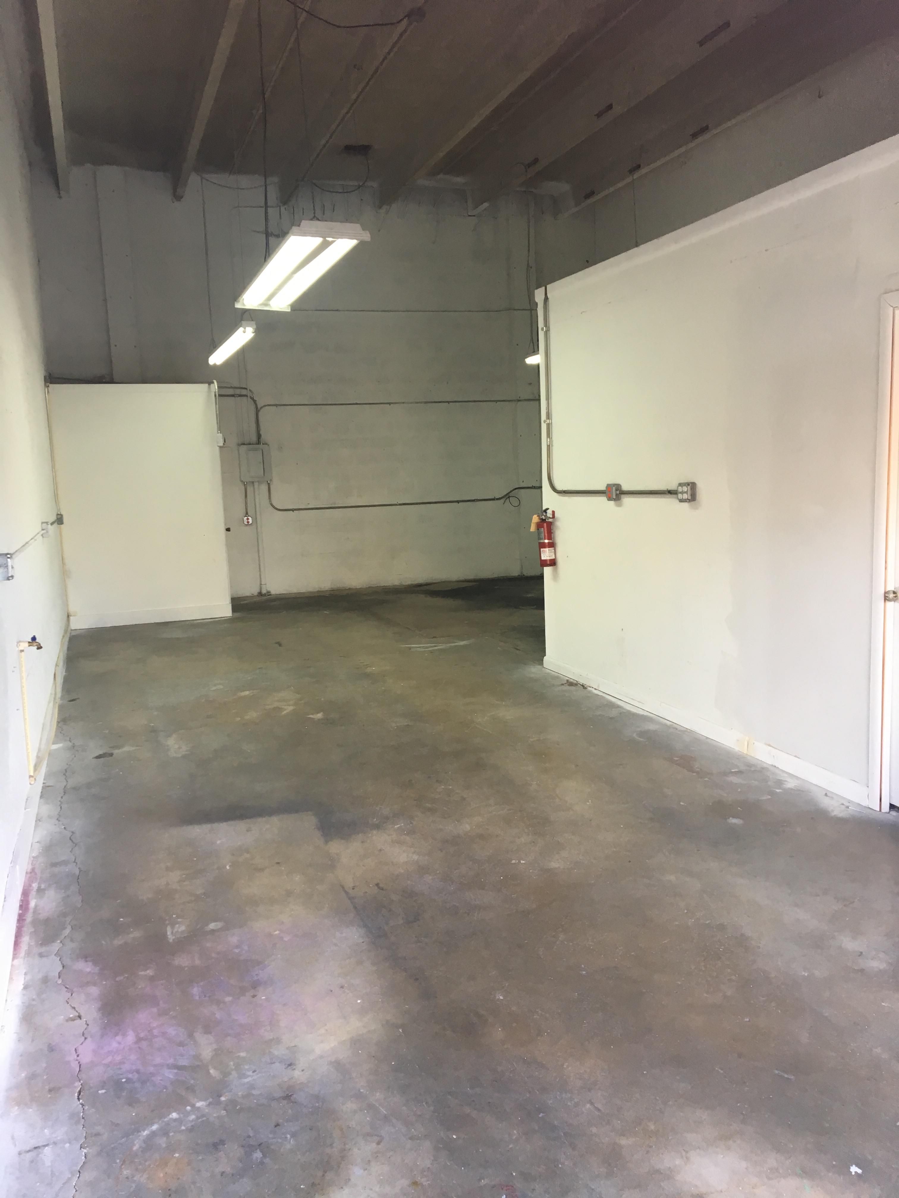 Warehouse for Rent in Miami image 36