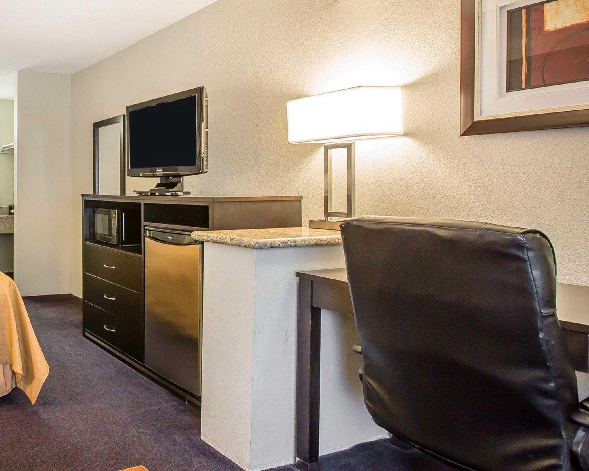 Quality Inn & Suites Woodland - Sacramento Airport image 26