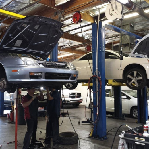 Buddy's Auto Repair  and  Alignment image 3