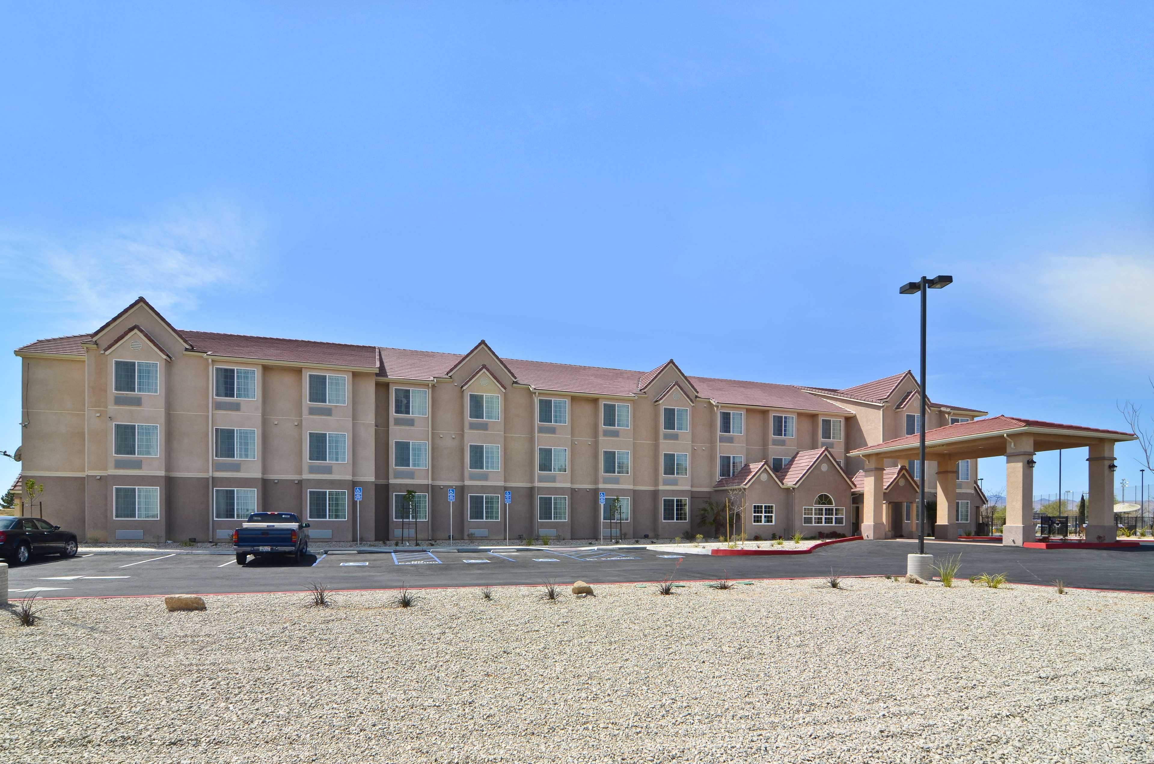 Best Western California City Inn & Suites image 32