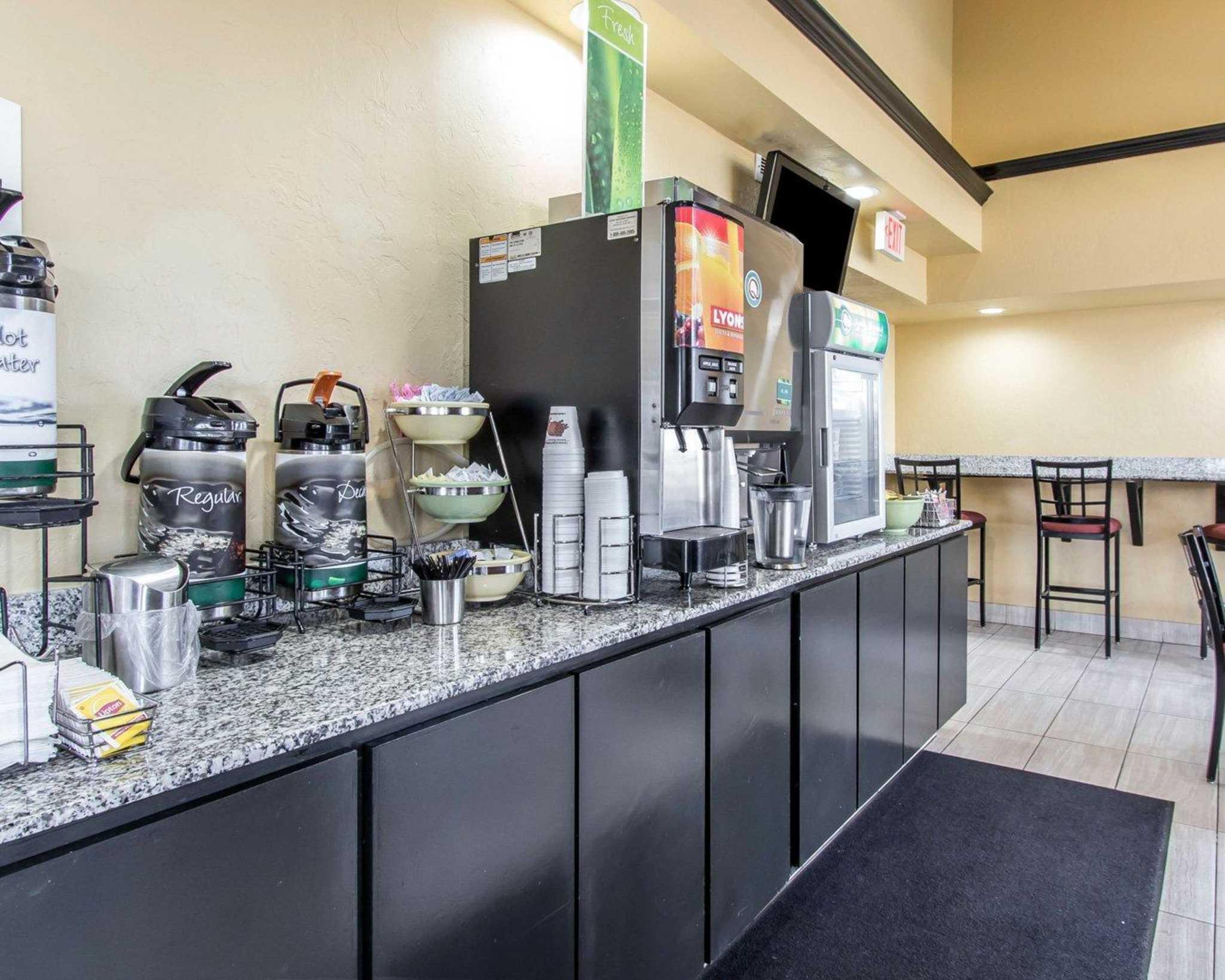 Quality Inn & Suites Fairgrounds West image 21