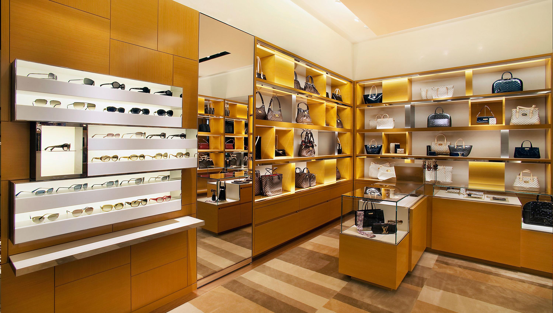 Louis Vuitton Seattle Bravern image 1