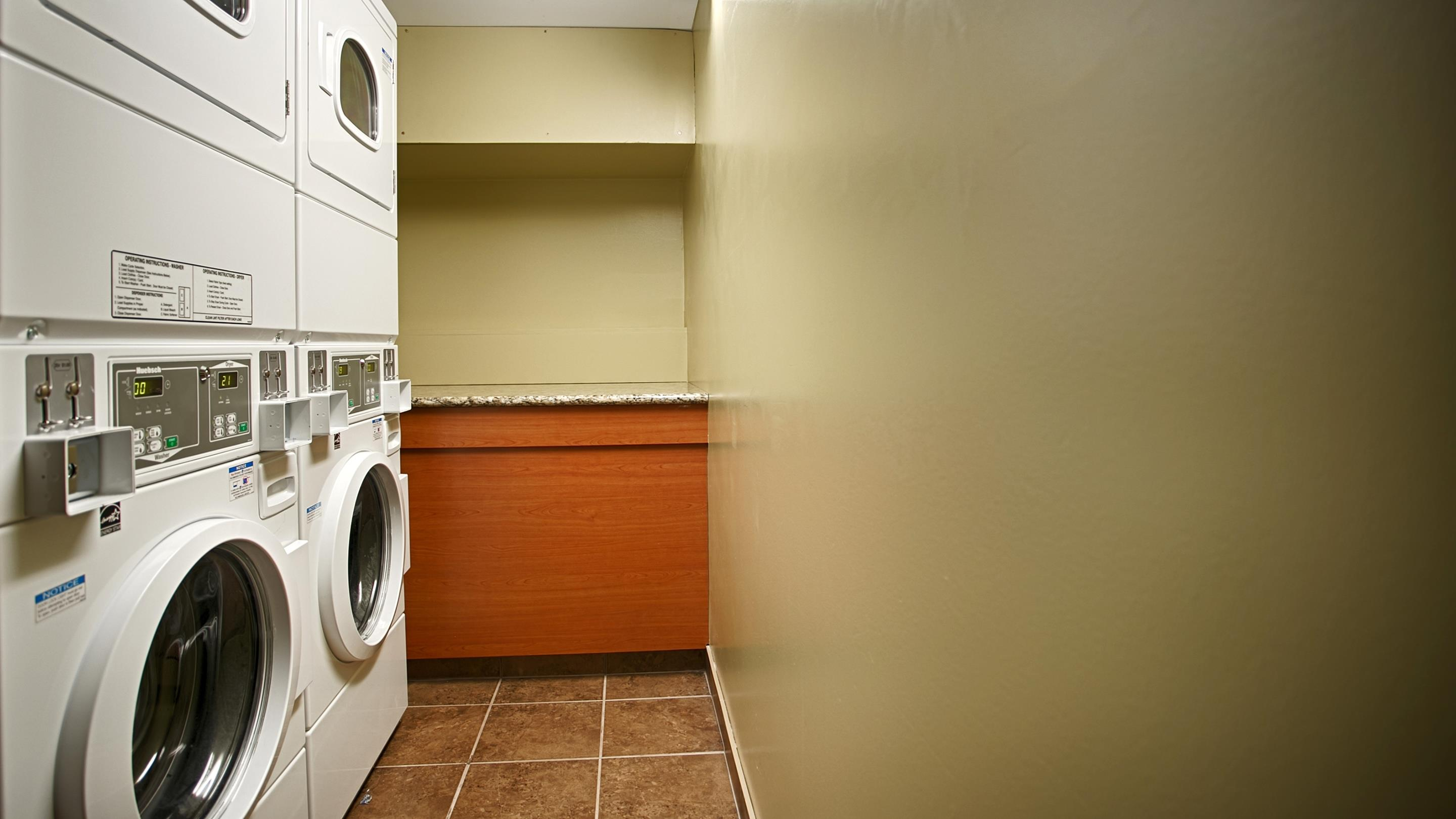 Charlottetown Inn & Conference Centre in Charlottetown: Guest Laundry