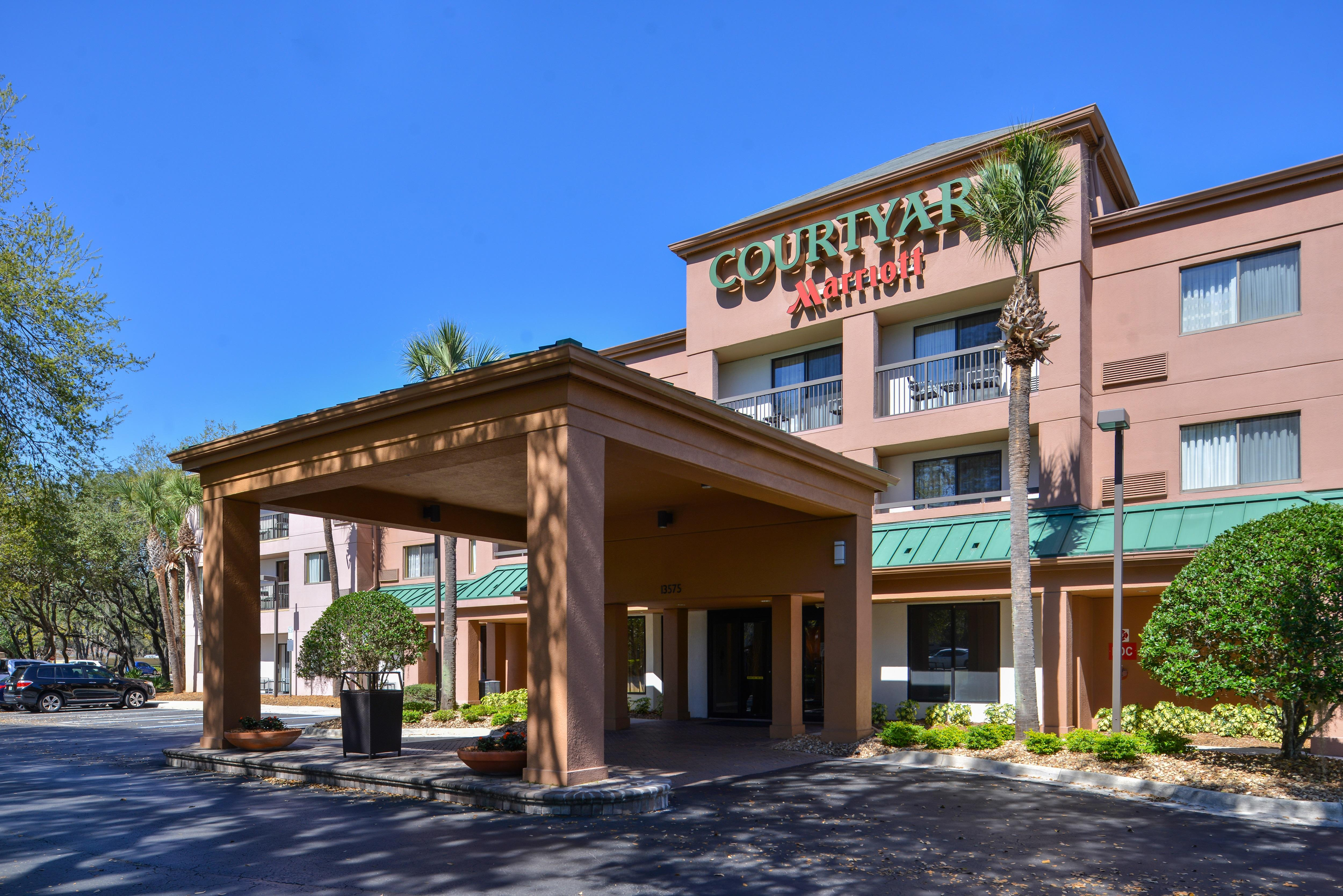 Courtyard by Marriott Tampa North/I-75 Fletcher image 11