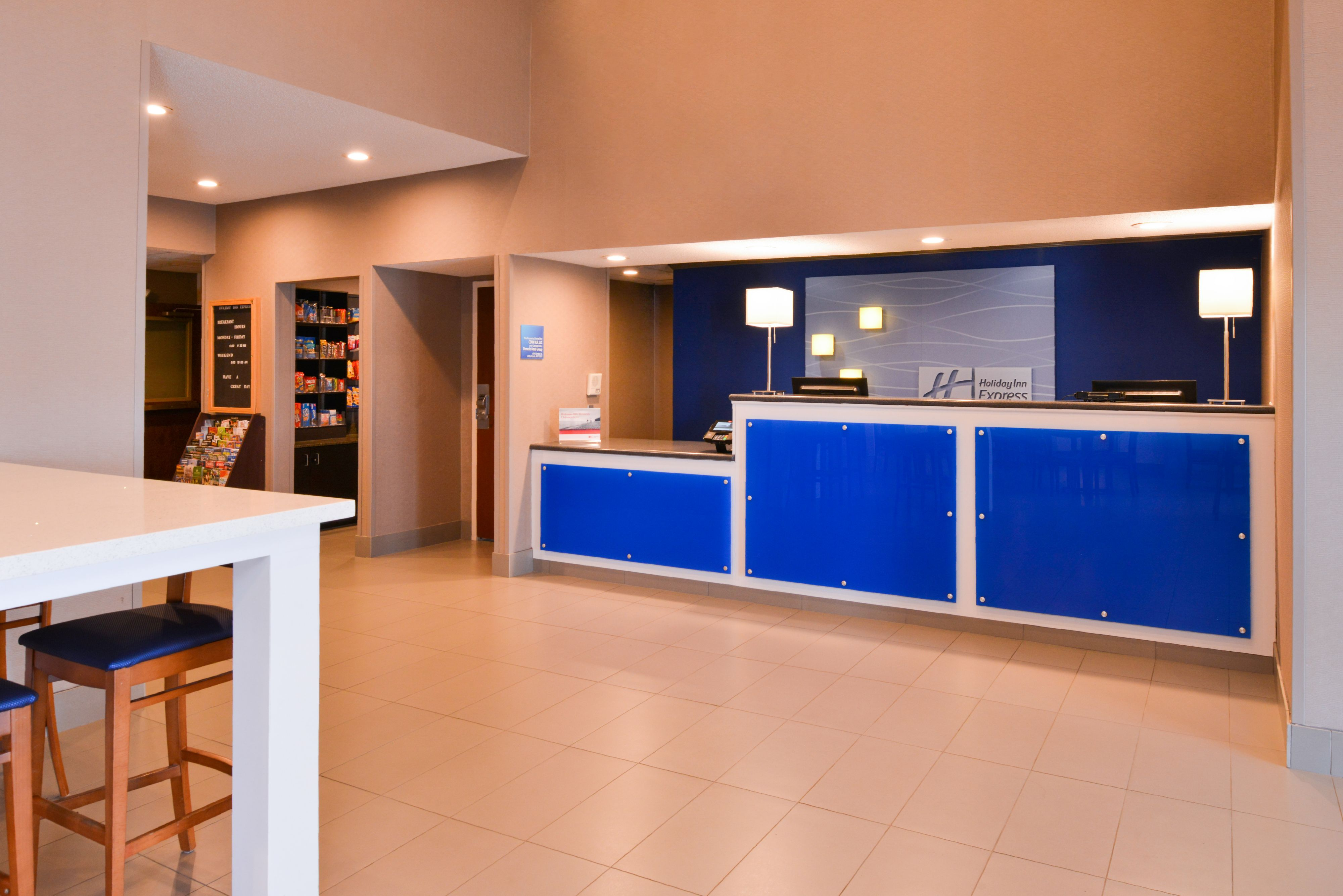 Holiday Inn Express & Suites North Little Rock image 4