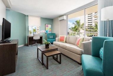 Courtyard by Marriott Waikiki Beach image 8
