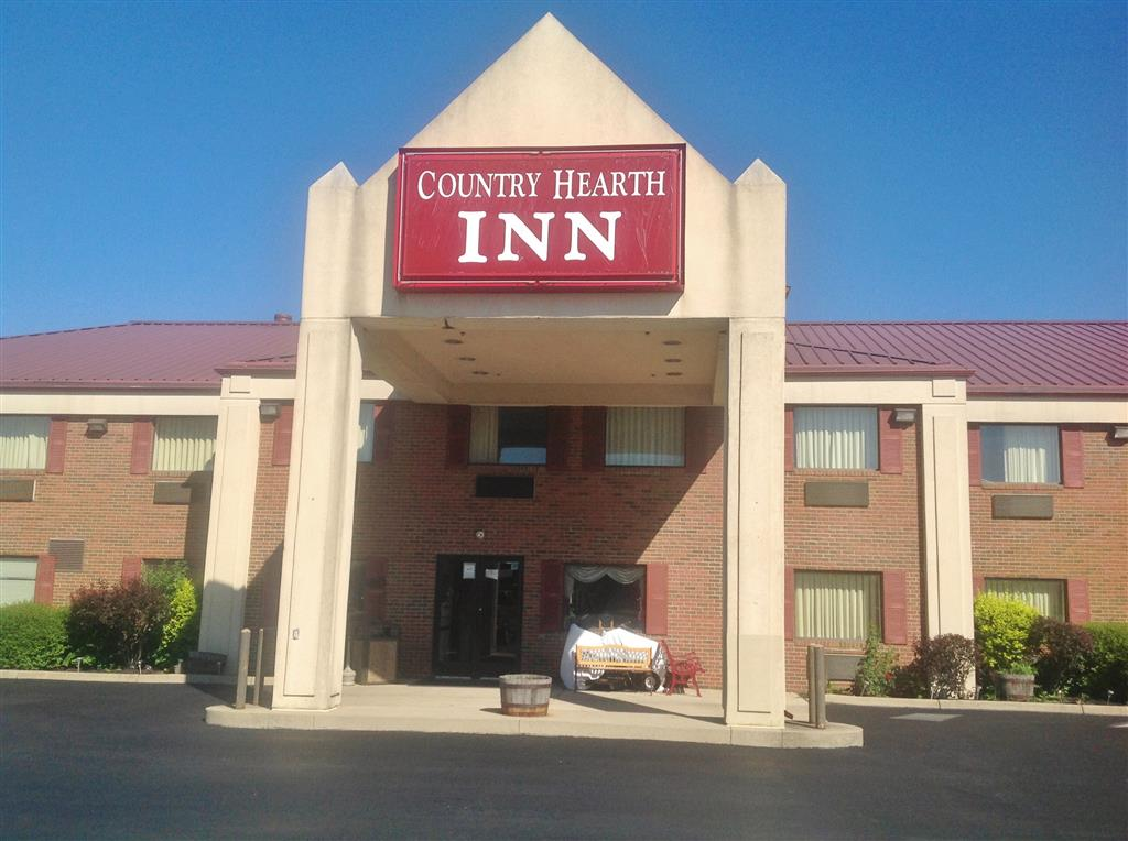 Country hearth inn suites washington court house in for Country home and hearth