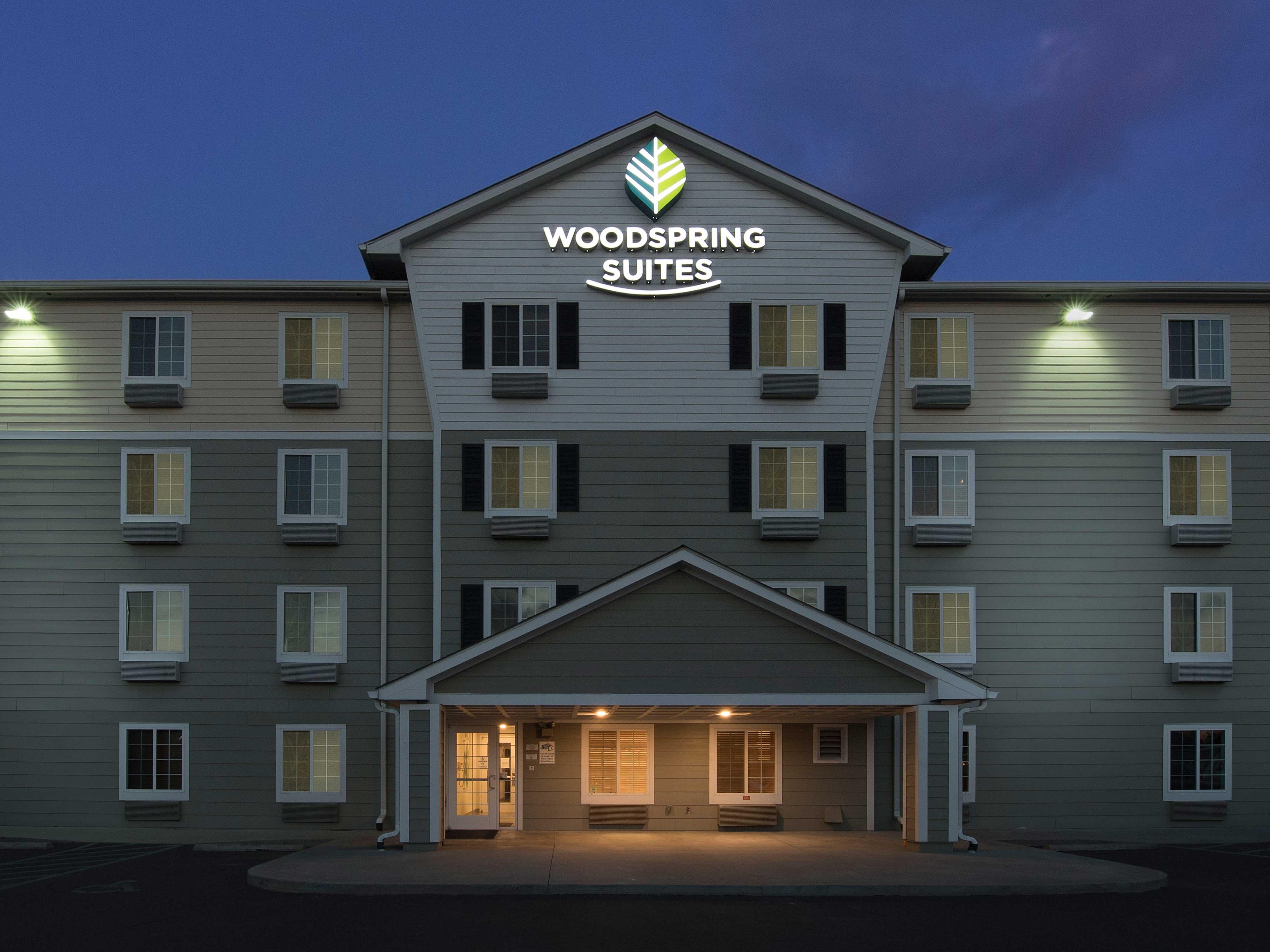 WoodSpring Suites Columbia Lexington image 14