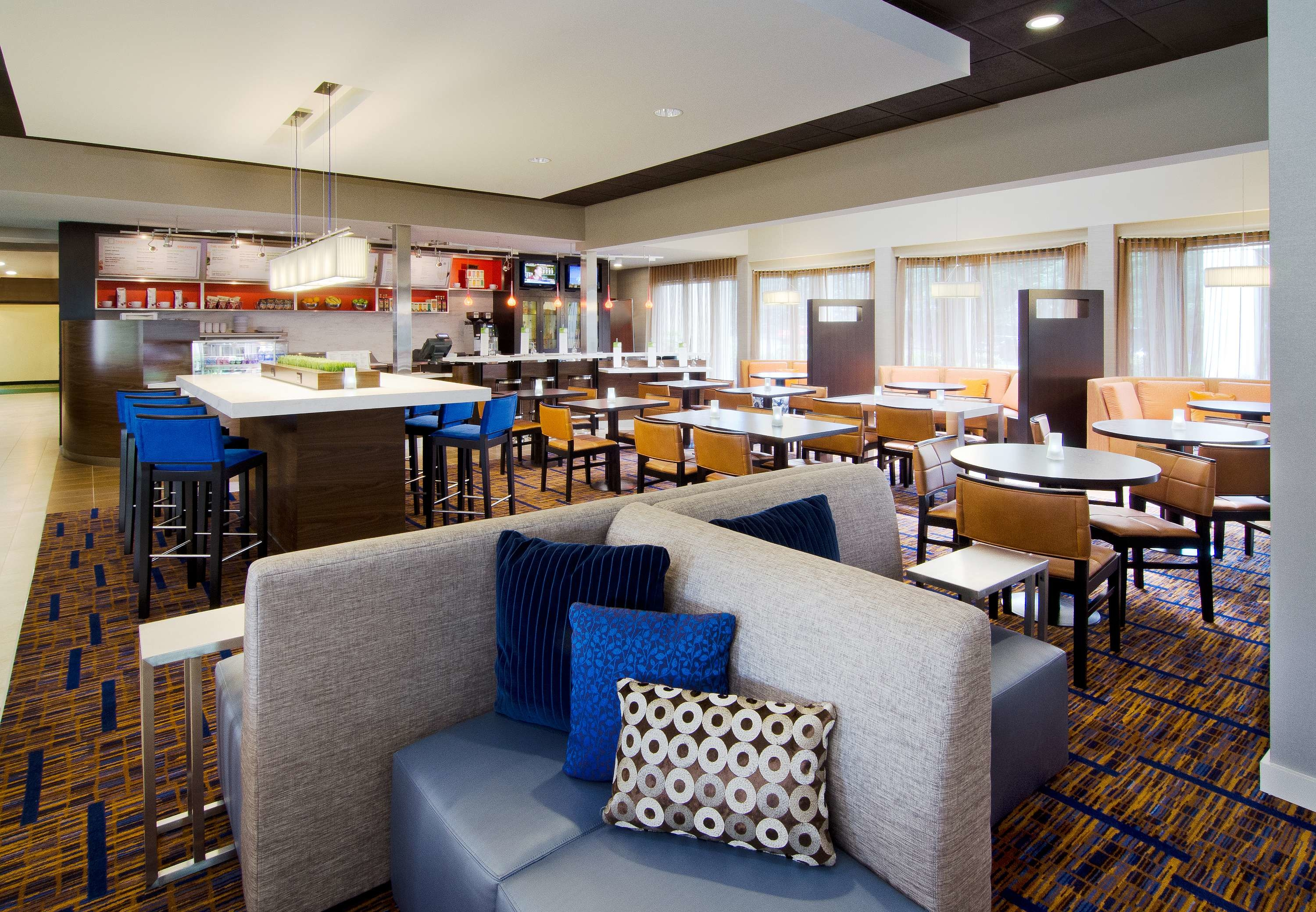 Courtyard by Marriott Portland Beaverton image 11