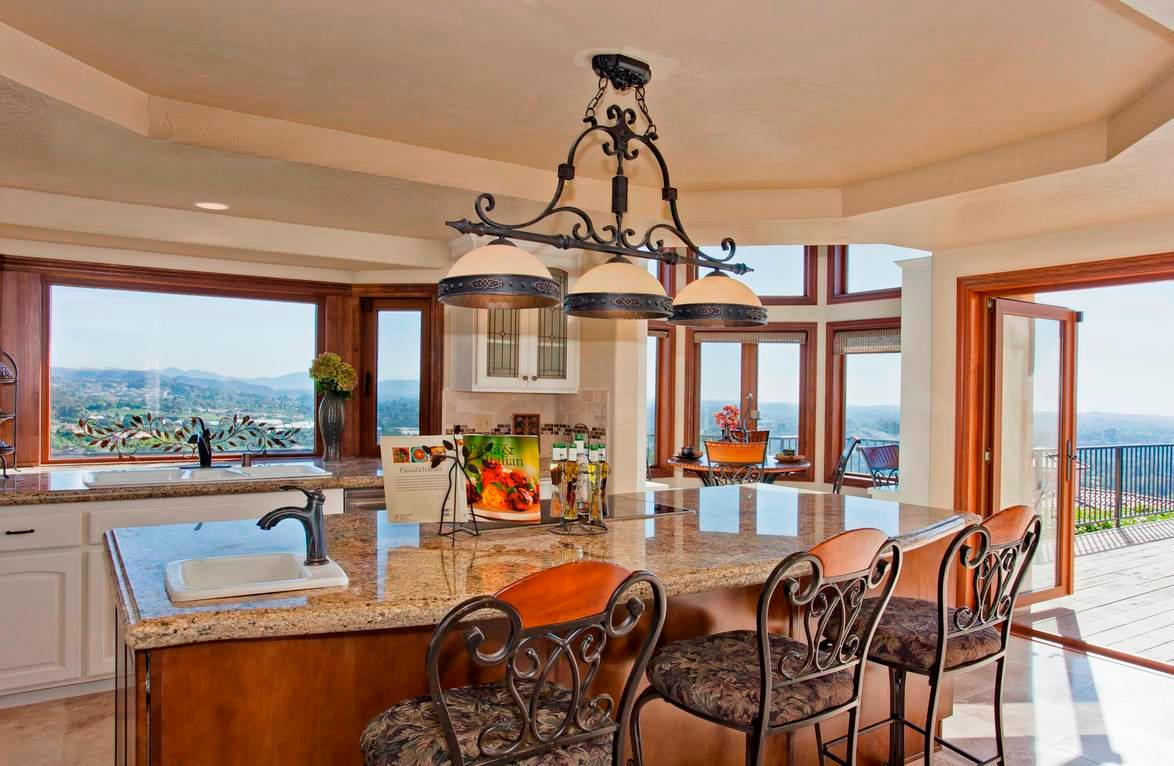 Staged Homes Real Estate image 2
