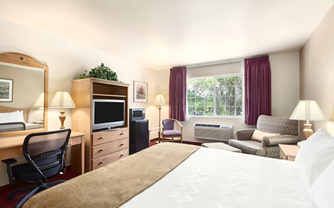 Red Lion Inn & Suites Susanville image 4