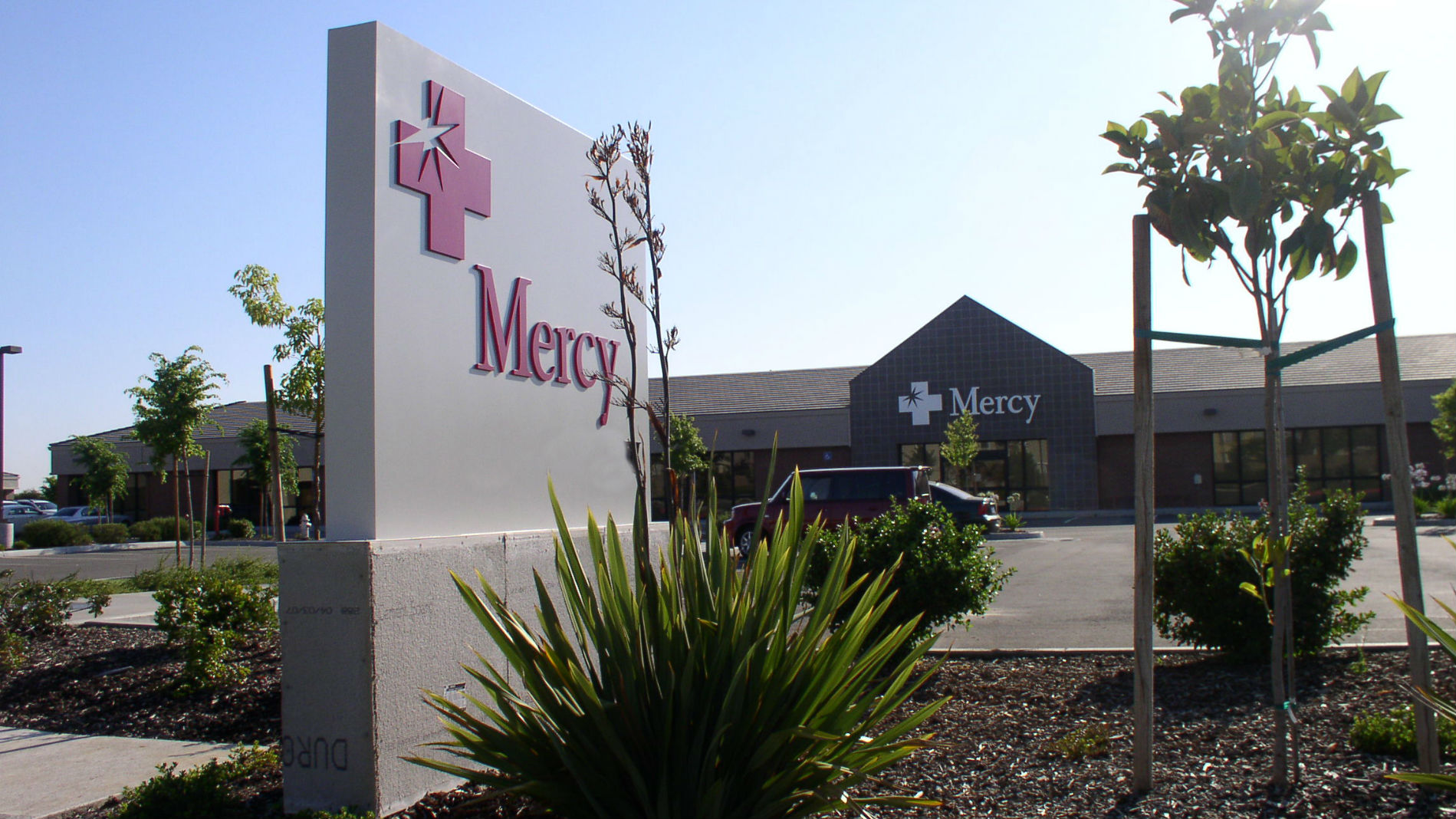 Mercy Medical Group - Natomas, Primary and Specialty Care image 0