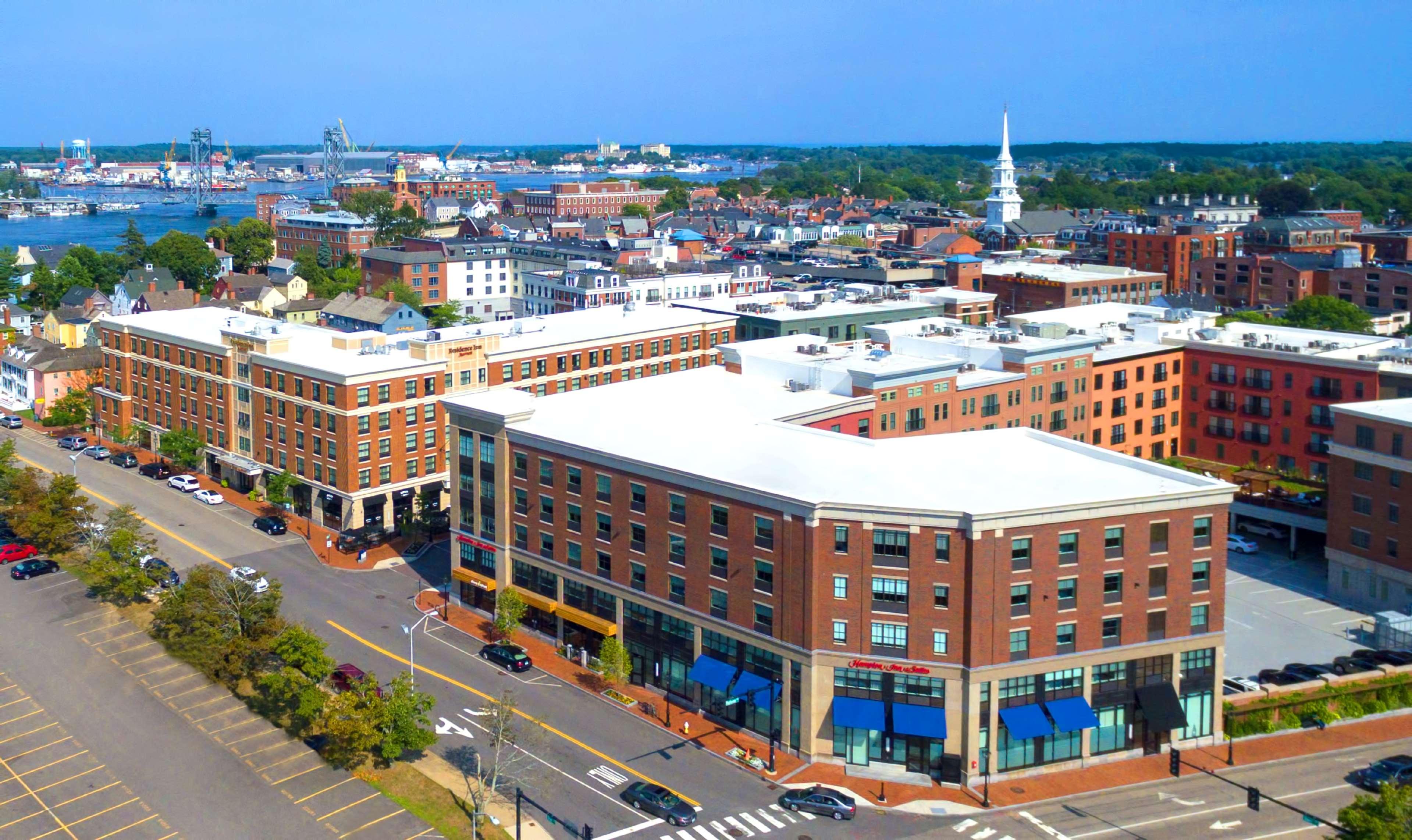 Hampton Inn & Suites Portsmouth Downtown image 1