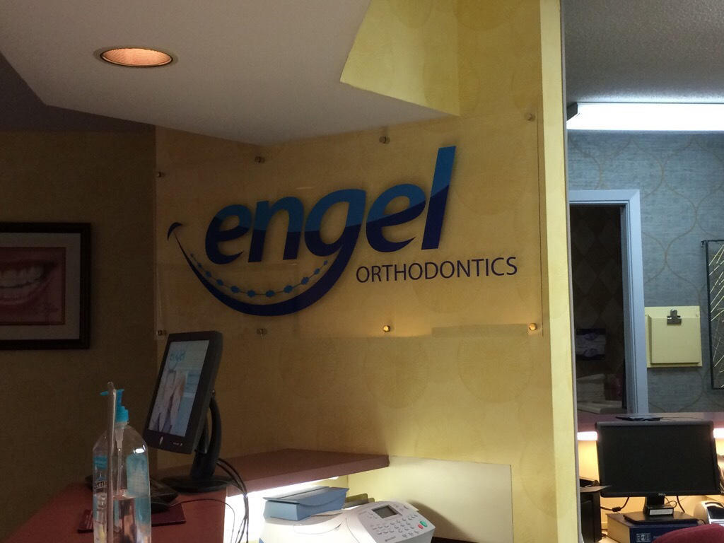 Engel, Lee Dr image 0