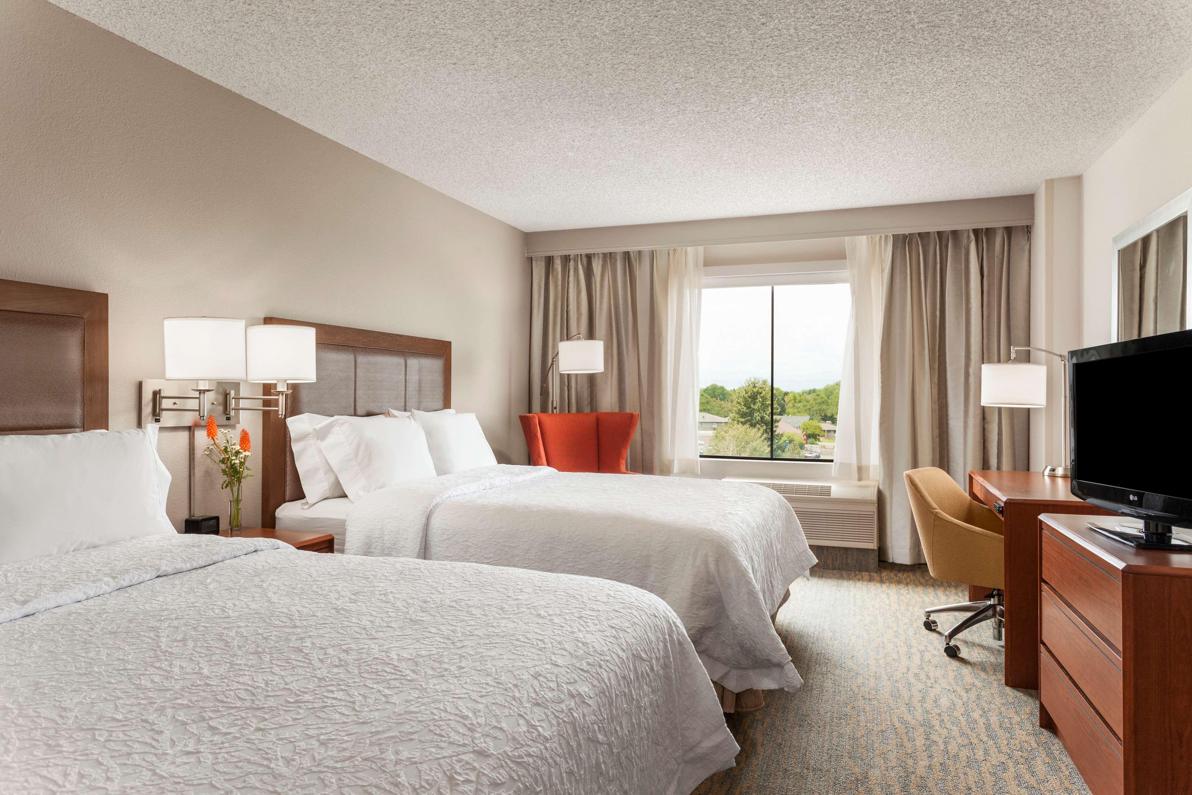 Hampton Inn & Suites Denver-Cherry Creek image 20