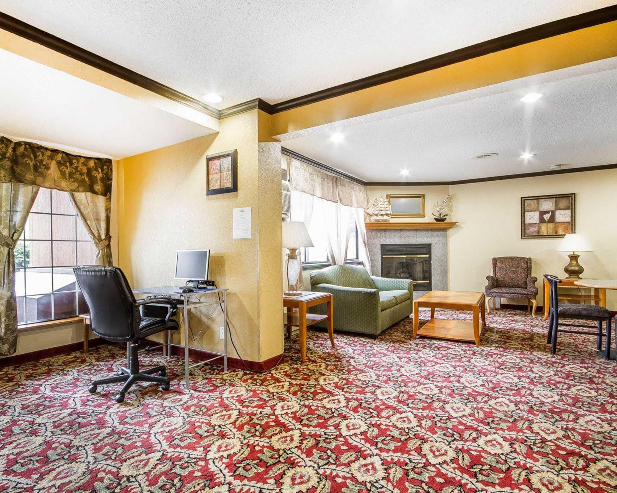 Rodeway Inn & Suites WI Madison-Northeast image 36