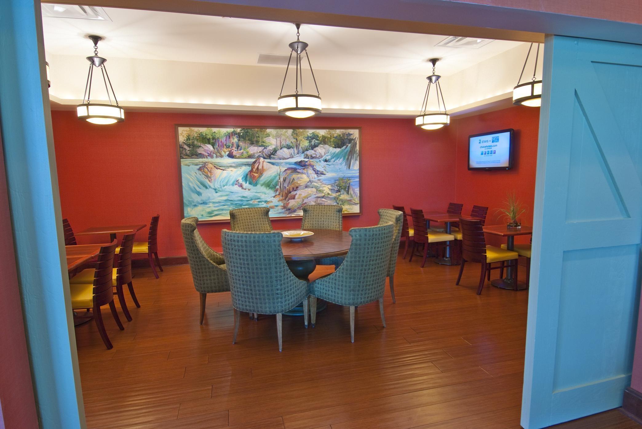 Hilton Garden Inn Rockville-Gaithersburg image 12