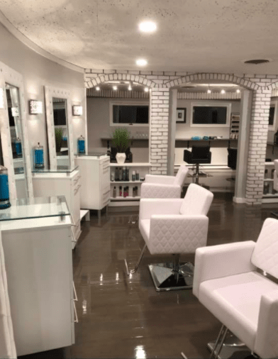 Sincere Salon and Lounge image 4