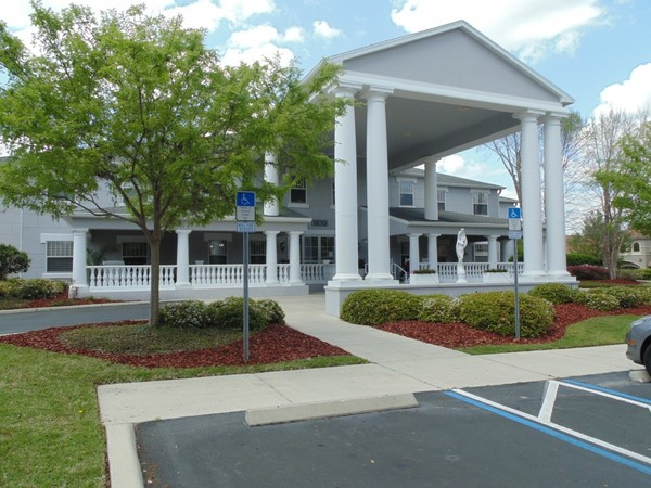Hampton Manor Assisted Living A Virtue Senior Living Community Ocala FL