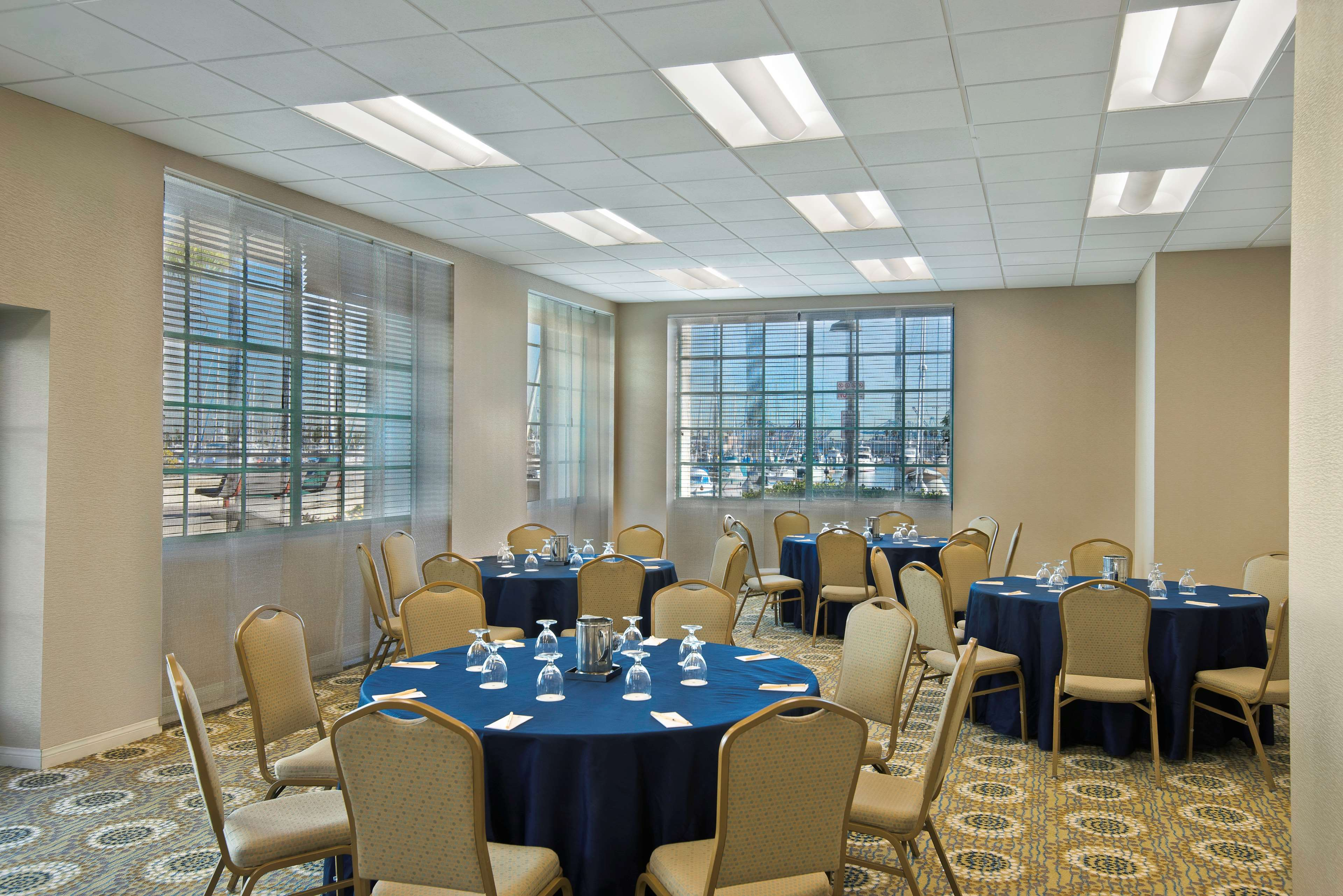 DoubleTree by Hilton Hotel San Pedro - Port of Los Angeles image 23