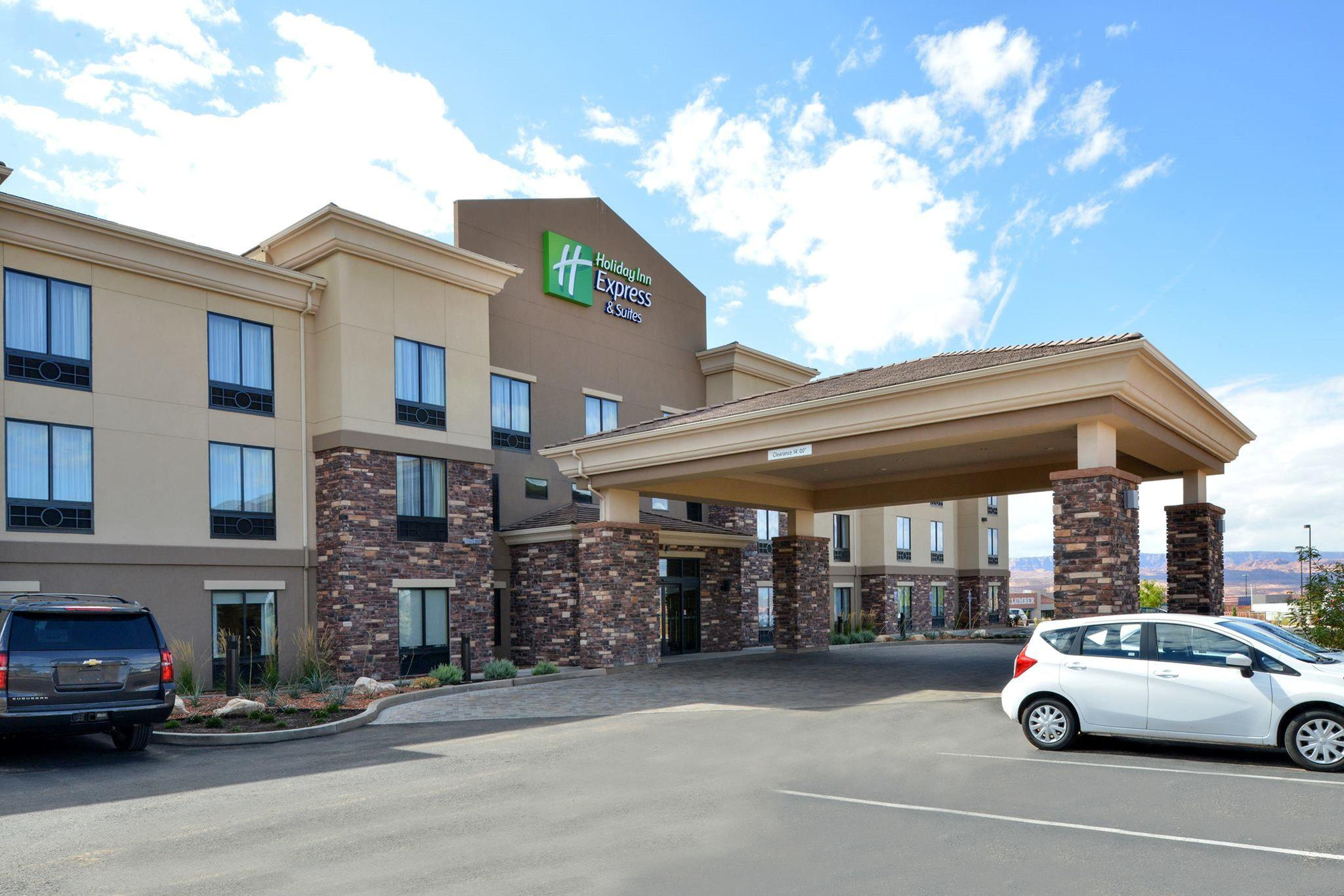 Holiday Inn Express & Suites Page - Lake Powell Area, an IHG Hotel