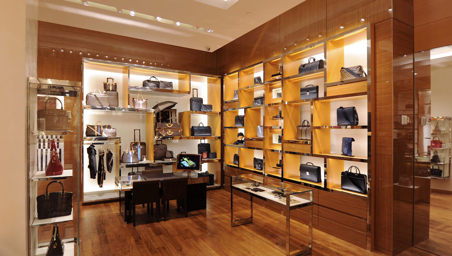 Louis Vuitton New York Saks Fifth Ave image 1