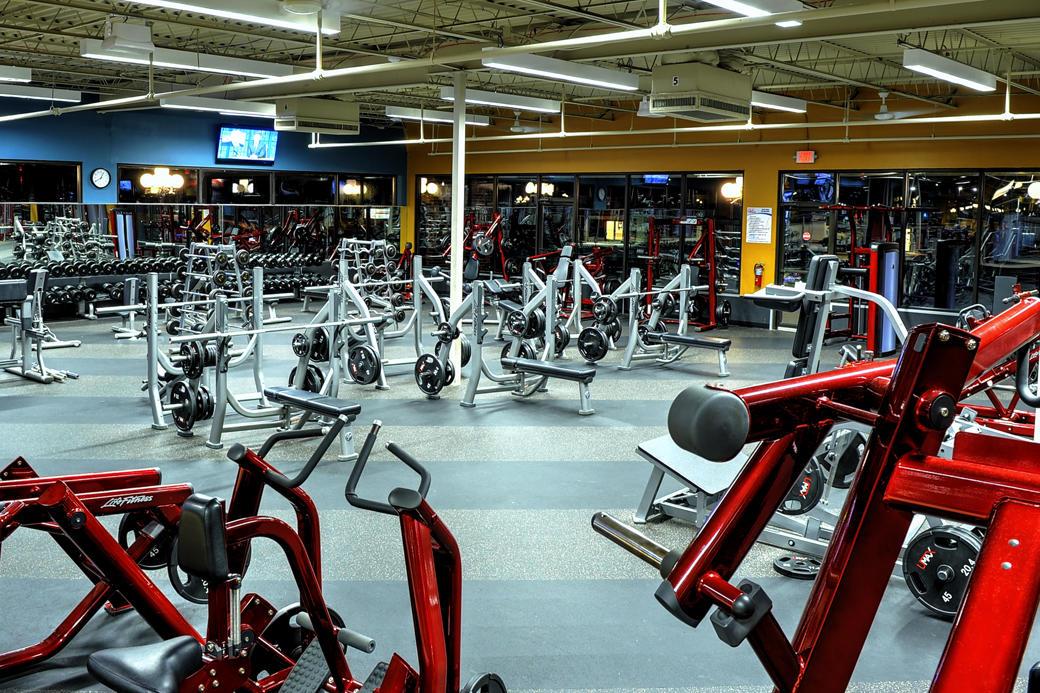 Club Fitness image 7