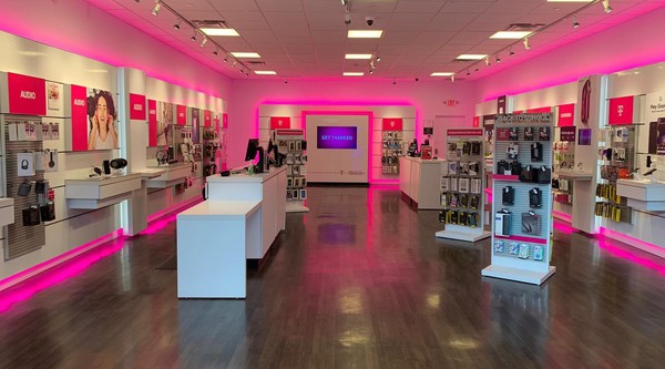 T Mobile Store At 100 Independence Way E 125 Danvers Ma T Mobile