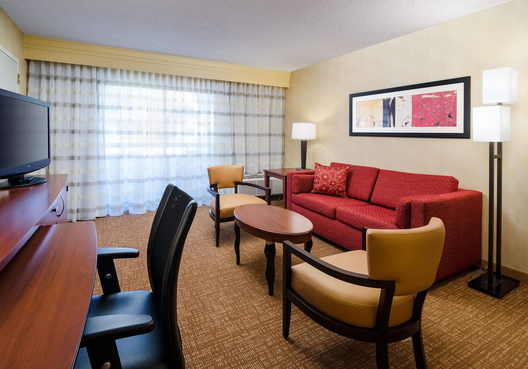 Courtyard by Marriott Fresno image 7