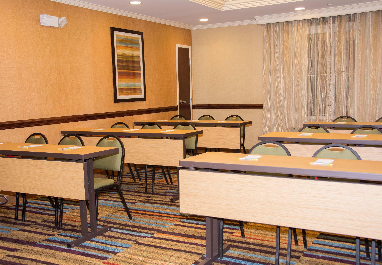 Fairfield Inn & Suites by Marriott Butler image 20