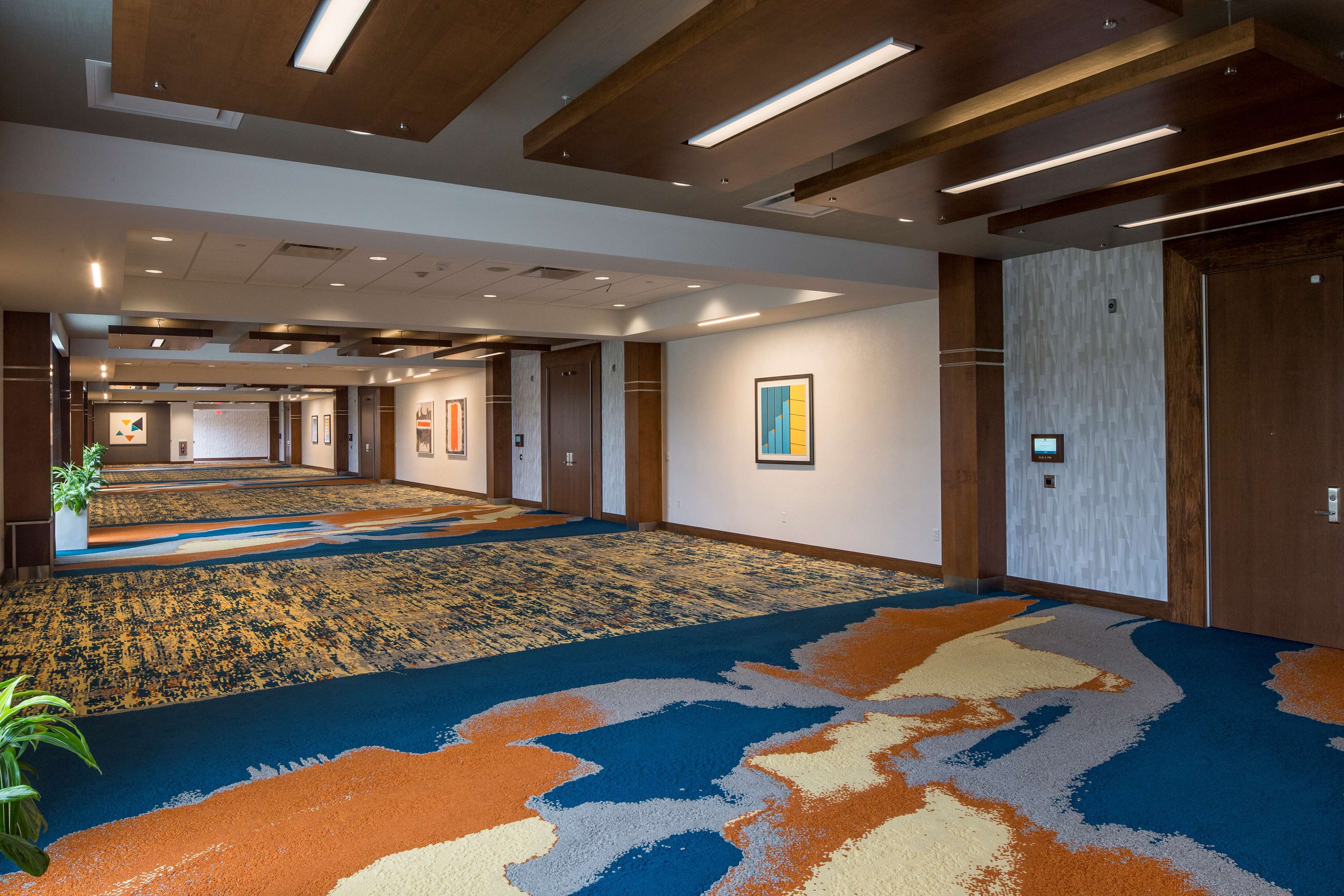 DoubleTree by Hilton Hotel Pittsburgh - Cranberry image 39