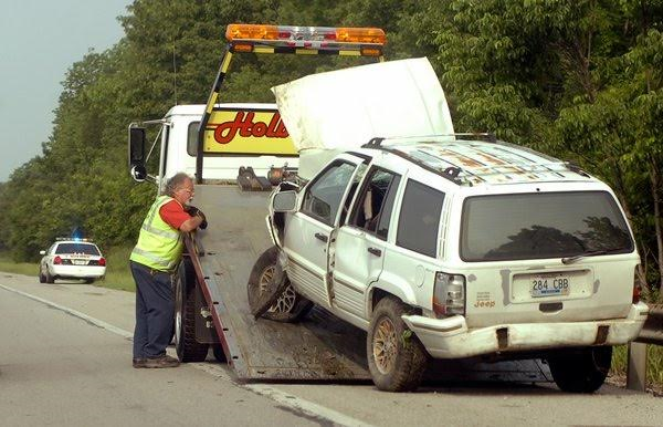 Holbrook Towing image 0