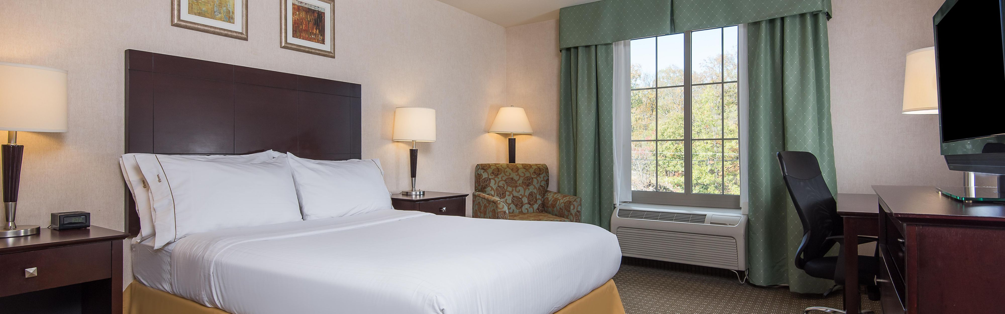 Holiday Inn Express Haskell-Wayne Area image 1