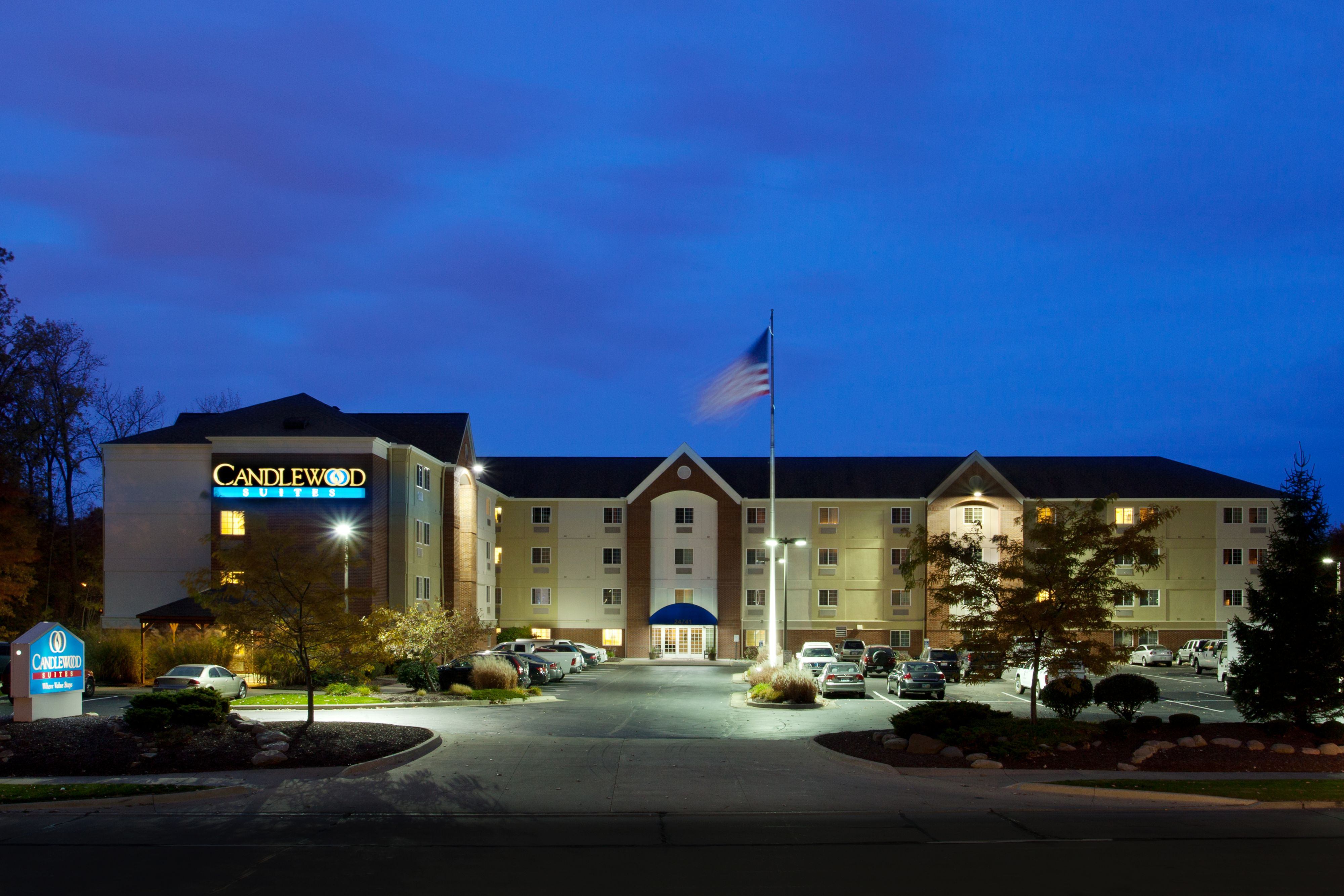 Candlewood Suites Chicago/Naperville image 5