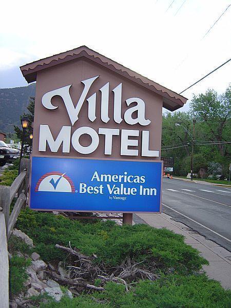 Americas Best Value Inn Villa Motel In Manitou Springs Co