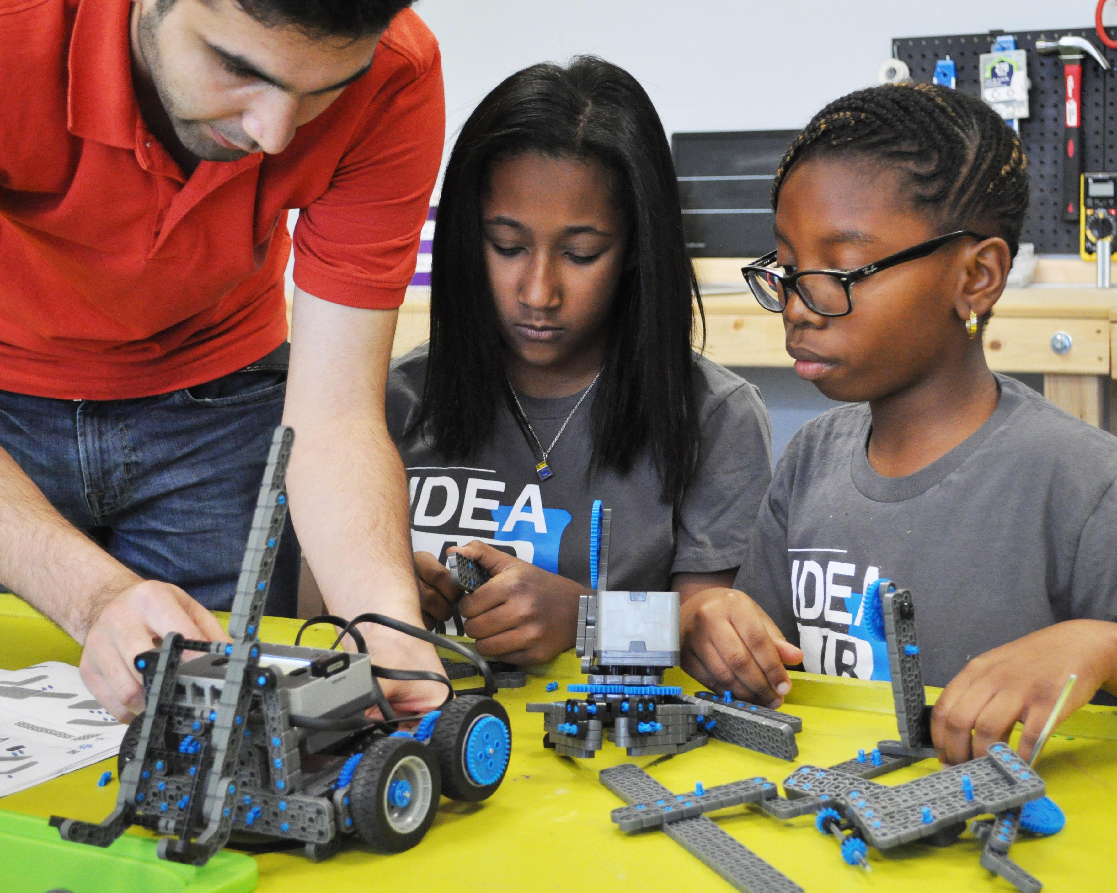 IDEA Lab Kids (Pearland) image 6
