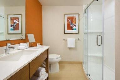 Courtyard by Marriott Los Angeles L.A. LIVE image 5
