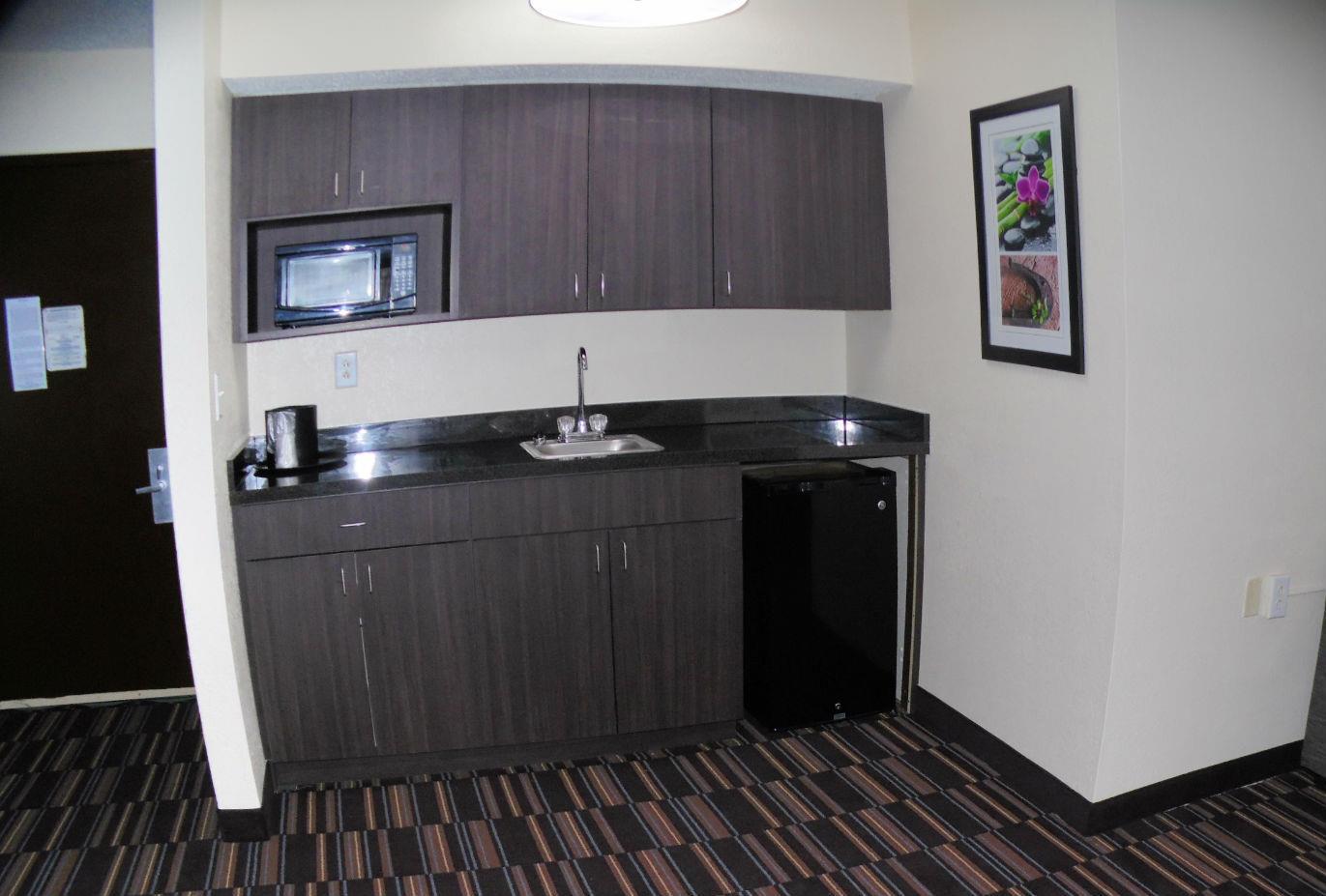 Best Western Plus Elizabeth City Inn & Suites image 27